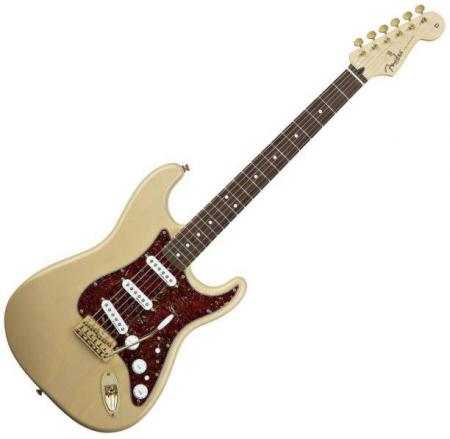Deluxe Players Strat® Rosewood Fretboard, Honey Blonde (Fender Deluxe Players Strat® Rosewood Fretboard, Honey Blonde)
