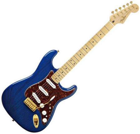 Deluxe Players Strat® Maple Fretboard, Saphire Blue Transparent (Fender Deluxe Players Strat® Maple Fretboard, Saphire Blue Transparent)